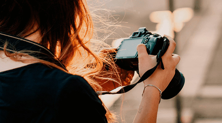 требуется фотограф в журнал спб