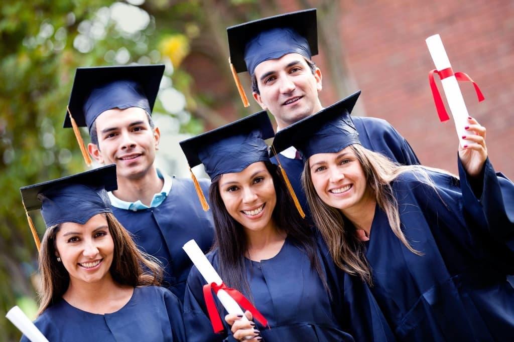 Известные выпускники университетов США